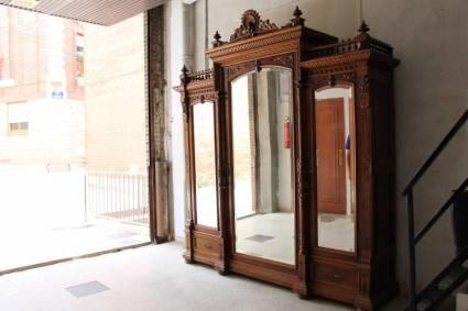Armario alfonsino del s xix coleccionismo portal para for Muebles antiguos alfonsinos